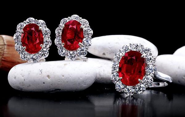 RARE BURMA Gem Oval Ruby & Diamond Ring