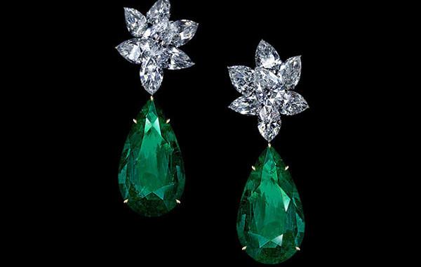 ULTIMA Ensemble Diamond Drop Earrings