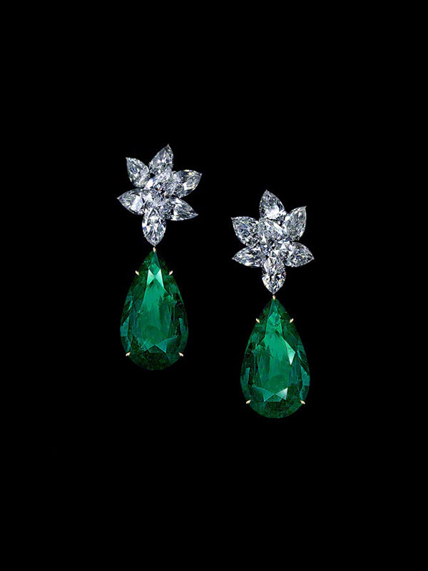 ULTIMA Ensemble Diamond Drop Earrings