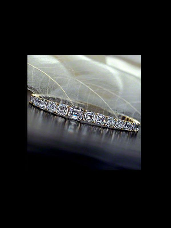 Rare White Asscher-Cut Diamond Bracelet