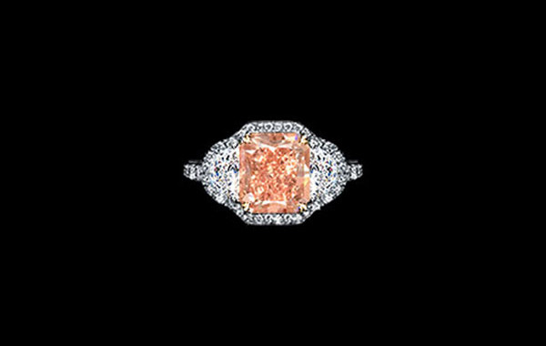 Fancy Intense Orangy Pink Diamond Ring
