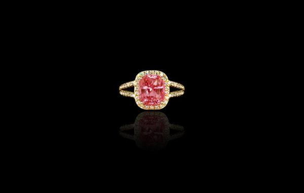 Pink-Orange Padparadscha Ring